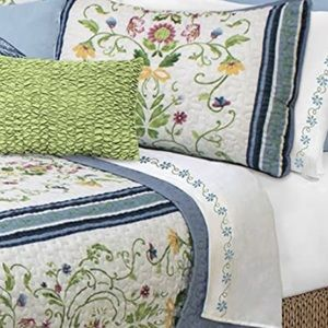 Twin quilt set (quilt and 1 sham) heirloom
